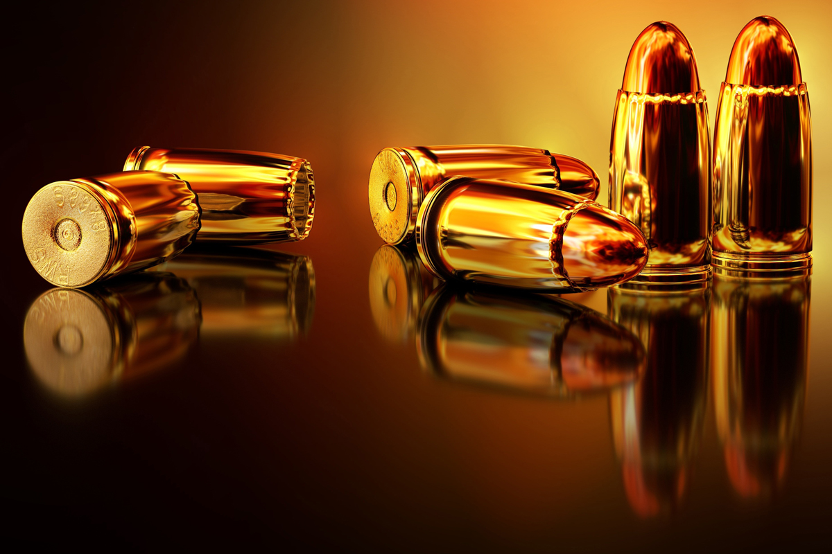 """Un chilo di mele, un etto di prosciutto e una pistola: armi e """"legittima offesa"""""""