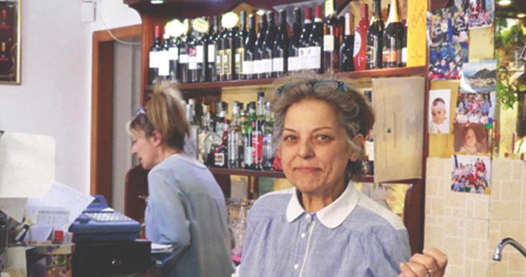 Salviamo il bar di Delia, che a Ventimiglia accoglie chi ha bisogno